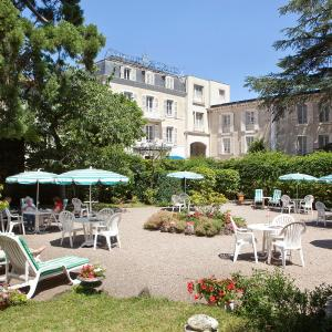 Hotel Pictures: Hotel Royal Saint-Mart, Royat