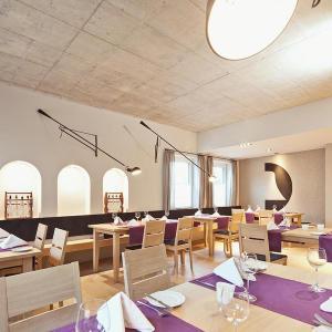 Hotelbilleder: Hotel & Restaurant Zur Glocke, Höchstädt an der Donau