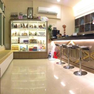 Hotel Pictures: Doll House Lodge, Hengchun Old Town