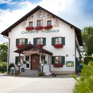 Hotelbilleder: Landgasthof Pilsenhof Entenbraterei, Hechendorf am Pilsensee