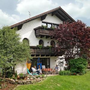 Hotel Pictures: Ferienwohnung Lorenz, Haibach