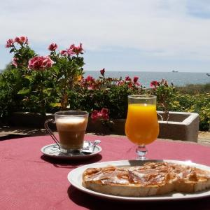 Hotel Pictures: Hostal Playa Mazagon (El Remo), Mazagón