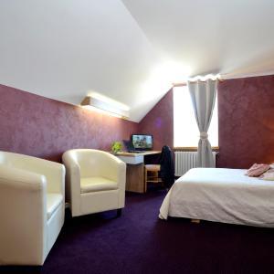 Hotel Pictures: Hotel Restaurant Du Commerce, Pierrefontaine-les-Varans