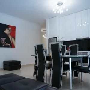 Fotografie hotelů: Modern Beach Apartment, Vlorë