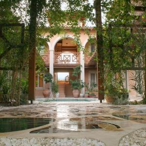 Hotel Pictures: Villa Retreat Cyprus, Akrounta