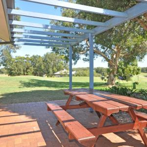 Hotellbilder: Condo 110 SS @ Horizons Resort & Golf, Salamander Bay
