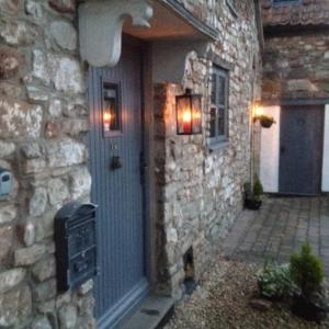 Hotel Pictures: The Old Farmhouse, Bristol
