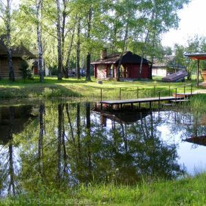 Hotel Pictures: Zayezd Zubachi Brest Holiday Home, Zubachi