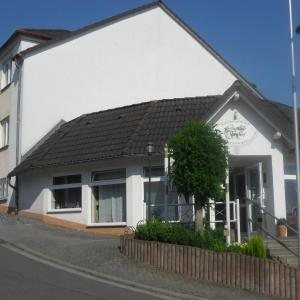 Hotel Pictures: Landhaus Schaaf, Runkel