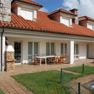 Hotel Pictures: Hostería El Laurel, Hoz de Anero