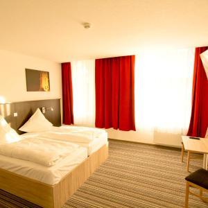 Hotel Pictures: Pension bei der Marienkirche, Mühlhausen