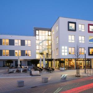 Hotelbilleder: Logis First Class Business Suites, Renningen