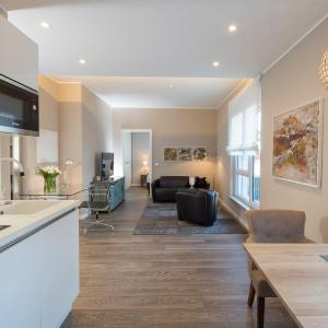 Hotelbilleder: Logis First Class Business Suites, Renningen