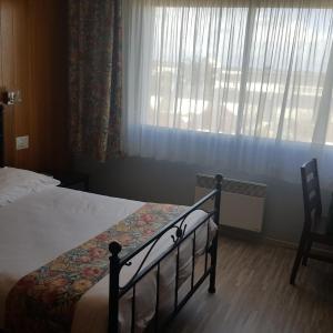 Hotel Pictures: Le Skippy Dancotel, Saint-Pierre-des-Corps