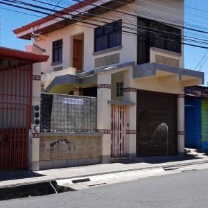 Hotel Pictures: Morada Kampos, Heredia