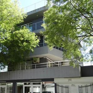 Hotellbilder: New Purple Building Studios, Kiten