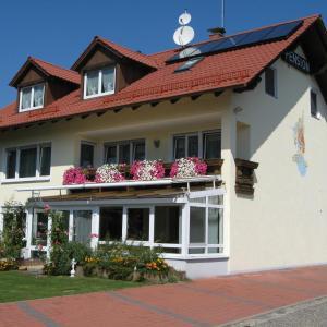 Hotelbilleder: Pension Wolkenstein, Langenbruck