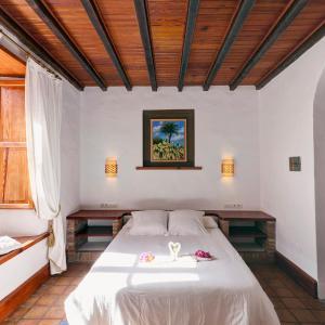 Hotel Pictures: La Casona de Yaiza, Yaiza