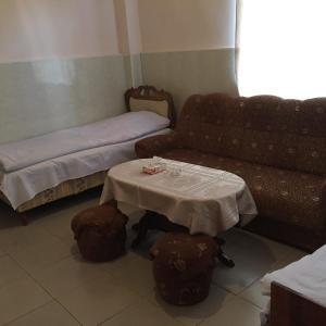 Hotelbilleder: Meghri Inn, Meghri