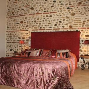 Hotel Pictures: Terre de Garance, Lagardelle-sur-Lèze