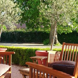 Hotel Pictures: Le Vinois, Caillac