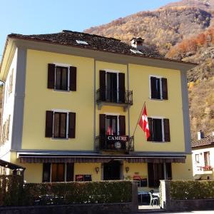 Hotel Pictures: Castello Osteria & Pizzeria, Cevio