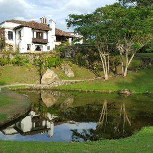 Hotel Pictures: Finca El Refugio Hotel Spa, Sasaima