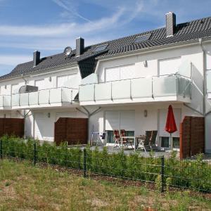 Hotel Pictures: Haus Sanddorn - Ferienwohnung 03 mit Terrasse, Thiessow