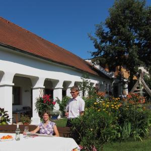 酒店图片: Weingut Bohrn Himmelbett, Herrnbaumgarten