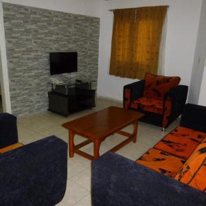 Hotel Pictures: Residence Rose Hermine, Abidjan
