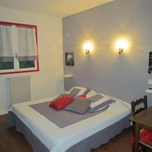 Hotel Pictures: Chez Noelle, Relevant