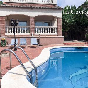 Hotel Pictures: House in Costa Dorada, Cubelles