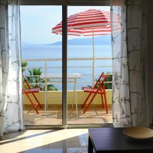 Foto Hotel: Saint Tropez Apartments, Sarandë