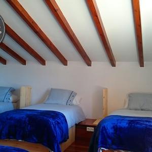 Hotel Pictures: La Curva Surfhouse, Loredo