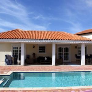 Hotel Pictures: Aruba Paradise Villa, Palm-Eagle Beach
