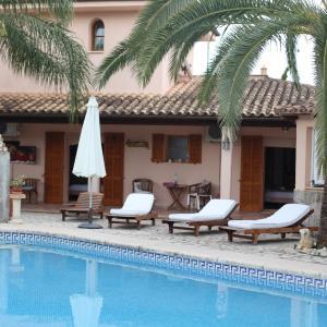 Hotel Pictures: Casa Romantica, Sa Coma