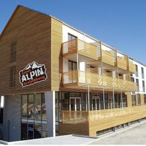 Hotellikuvia: Hotel Alpin am Kreischberg, Sankt Georgen ob Murau