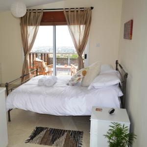 Hotel Pictures: House on the Hill B&B, Coral Bay