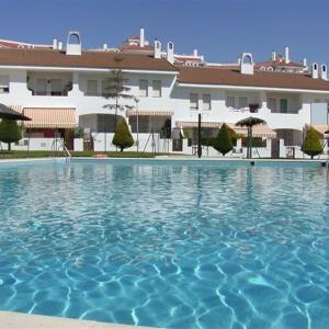 Hotel Pictures: Apartamentos Aguadulce El Portil, El Portil