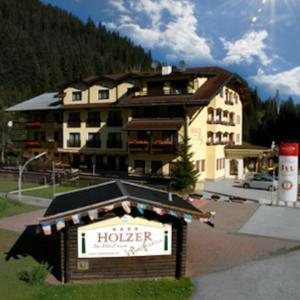 ホテル写真: Berghotel Holzer, Jochberg