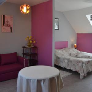 Hotel Pictures: Chambres d'hôtes le Domaine, Hirel