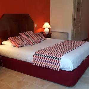 Hotel Pictures: Hôtel du Donjon, Aulnay