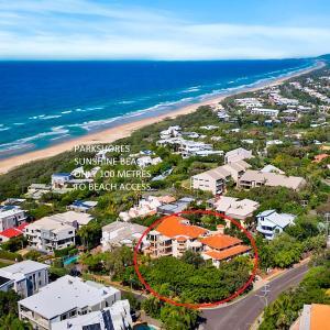 Фотографии отеля: Parkshore Sunshine Holiday Apartments, Sunshine Beach