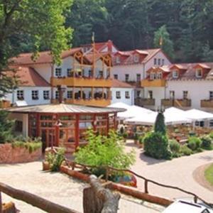Hotel Pictures: Schlosshotel Landstuhl, Landstuhl
