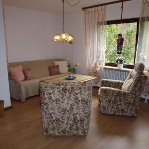Hotel Pictures: Ferienwohnung 'Obelix' am Kurpark, Bad Bellingen