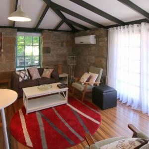 Hotellikuvia: Gumtrees Cottage Stables, Ross