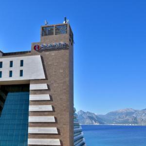 Fotos do Hotel: Ramada Plaza Antalya, Antália