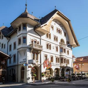 Hotel Pictures: Hotel Landhaus, Gstaad