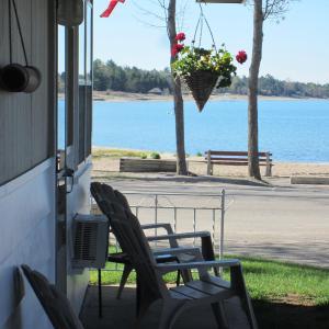 Hotel Pictures: Balm Beach Resort and Motel, Balm Beach