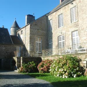 Hotel Pictures: Le Chateau de Claids, Saint-Patrice-de-Claids